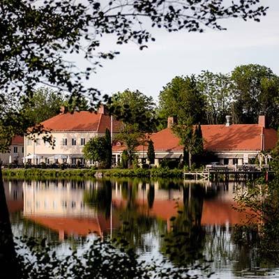 Julbord på Åsby Hotell i HALLSTAHAMMAR | Konferensföretag.se