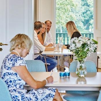 Julbord på Hotell Hehrne i VÄNERSBORG | Konferensf�retag.se