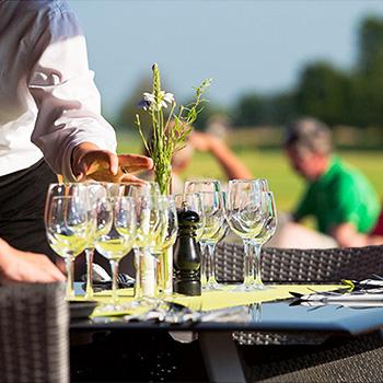 Julbord på Ombergs Golf Resort i ÖDESHÖG | Konferensföretag.se