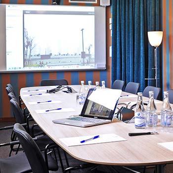 Julbord på Rosers Salonger i SKARA | Konferensföretag.se